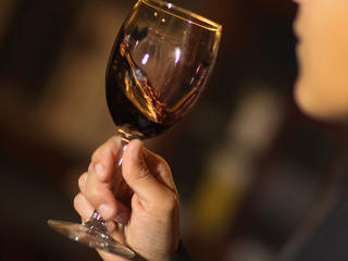 Report: Breast cancer risk tied to drinking