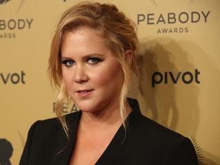 Amy Schumer calls out fat-shaming critics