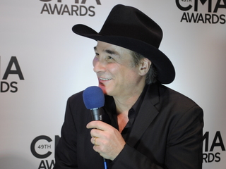 Clint Black on his break from music, new record