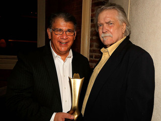 Grammy-winning country star Clark dead