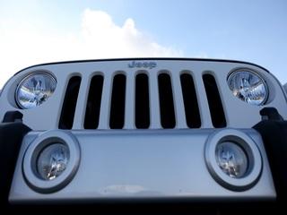 Fiat Chrysler recalls 500,000 Jeep Wrangler SUVs
