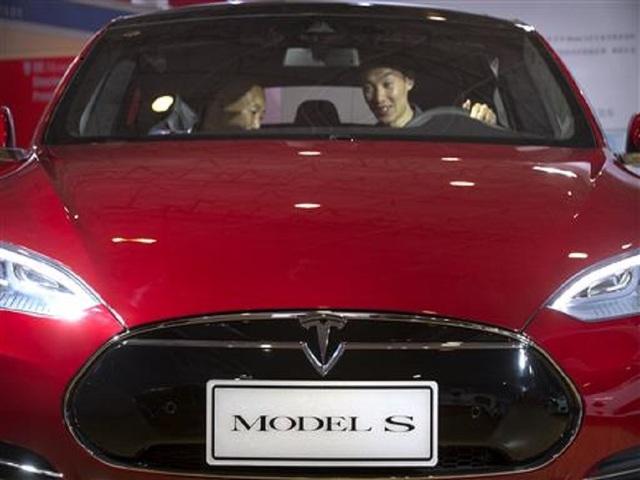 Tesla to buy SolarCity for $2.6 billion