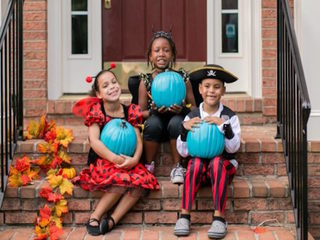 Why you're seeing teal pumpkins this Halloween