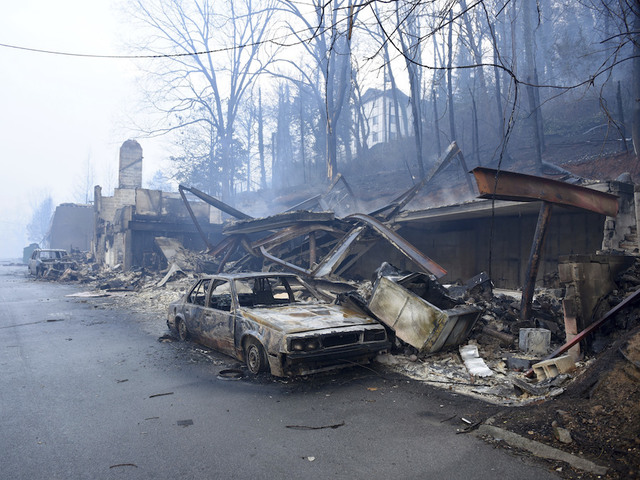 Escaping Tennessee wildfires meant fleeing through hell-like landscape