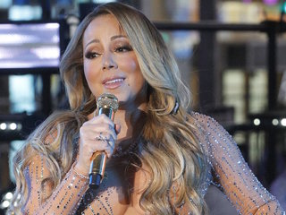 Mariah Carey's twins to tour with her