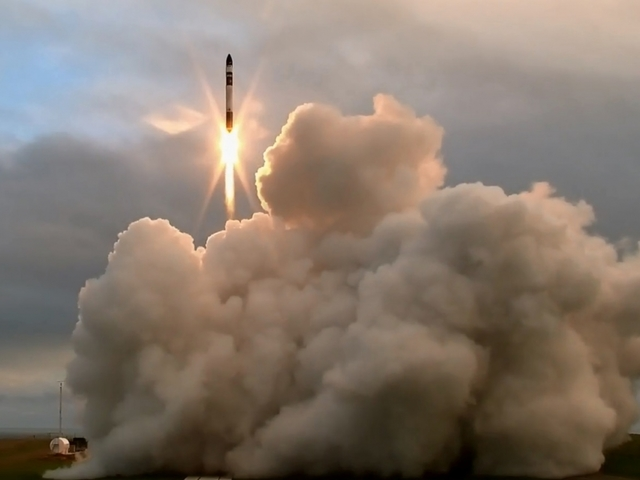 U.S. rocket team celebrates world first launch from privately built spaceport