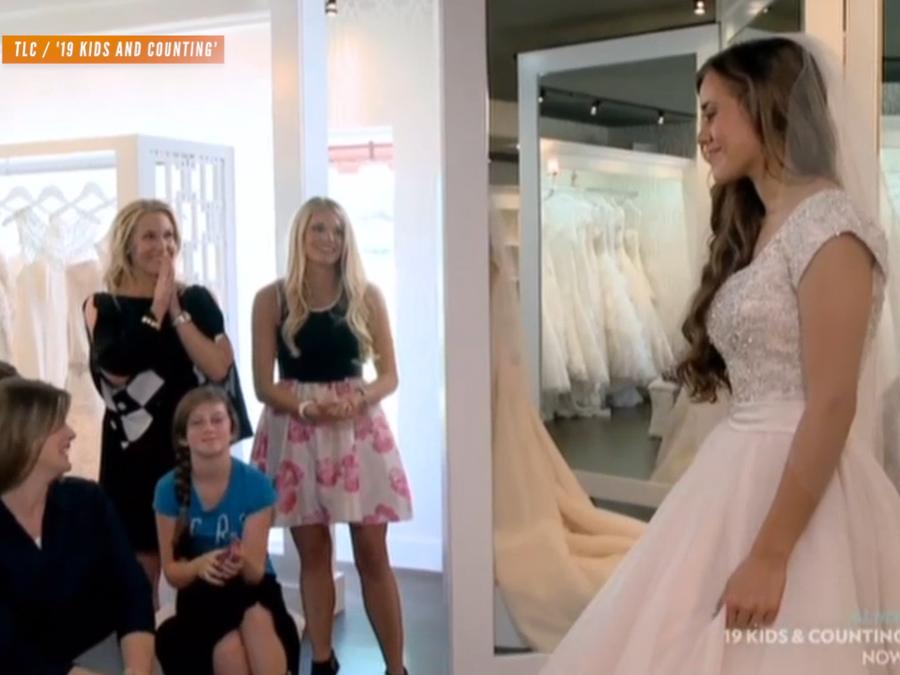 cd7184f4ecdb '19 Kids and Counting:' Jessa Picks Her Dream Wedding Dress - Newsy Story