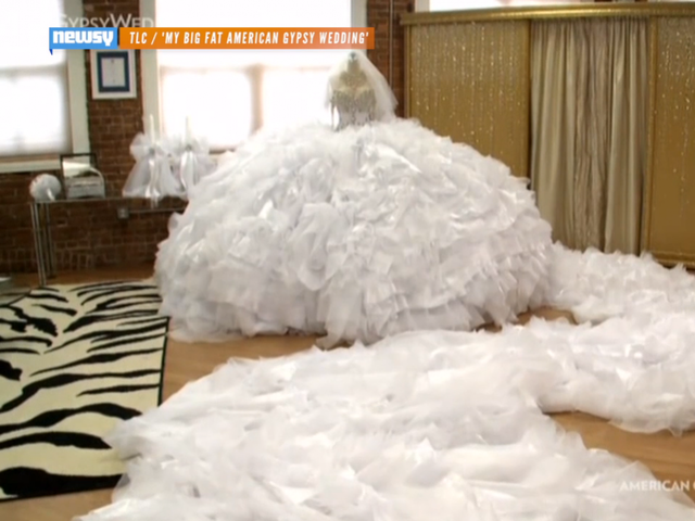 See The Huge Dress That Made 'Big Fat Gypsy Wedding' History - Newsy Story