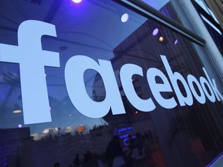 Facebook privacy hoax goes viral again