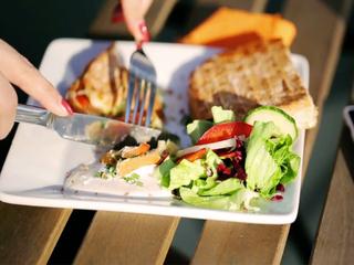 Antibiotics in restaurant meat