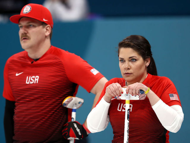 Canada holds on for win over Team USA in mixed doubles curling