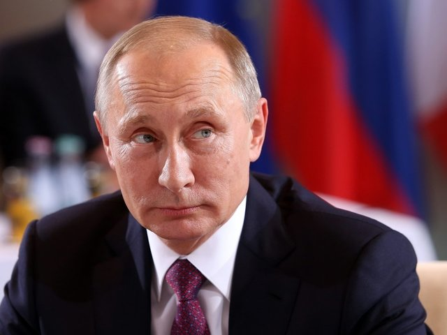 Putin boasts of new Russian nuclear weapons
