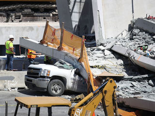 Days before FL bridge collapsed, cracks reported