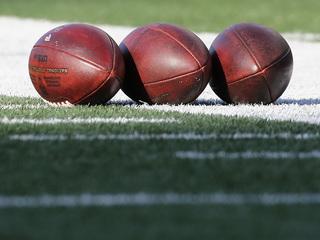 Ravens kicker sustains head injury in Baltimore